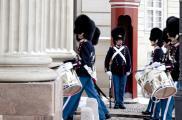 Zmiana warty przed Pałacem Amalienborg Fot. Visit Denmark