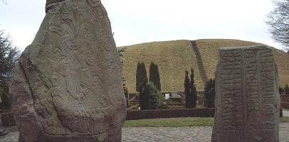 kamienie runiczne w Jelling w Danii